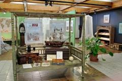 """exemple d'installation expo """"Chasseurs de plante"""""""