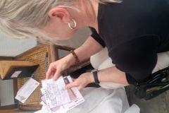 Escape game Alexandra David-Néel : Il faut fouiller dans les papiers d'Alexandra  pour saisir le sens de certaines informations...