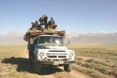 Transport-yourte-sur-camion-LMBlanchard