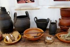 Quelques objets : poteries