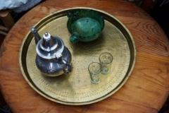 Quelques objets : thé à la menthe